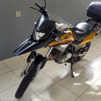 moto xre 300 ano 2011