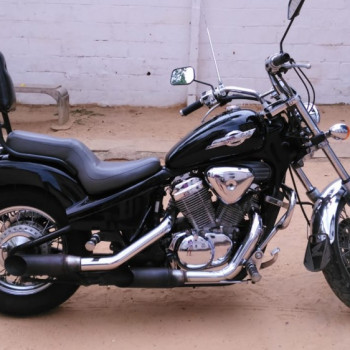 Honda shadow 600 ano 2001